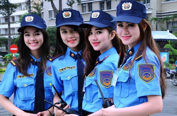mau-dong-phuc-bao-ve-chuyen-nghiep-cho-nhan-vien-bao-ve-2