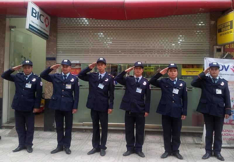 mau-dong-phuc-bao-ve-chuyen-nghiep-cho-nhan-vien-bao-ve-4