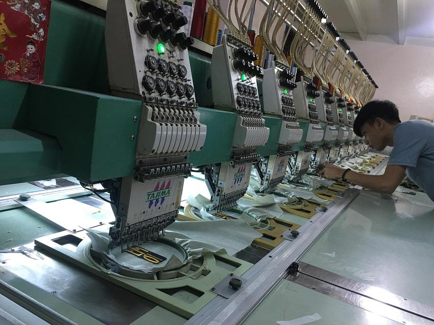 Xưởng in thêu với dàn máy hiện đại
