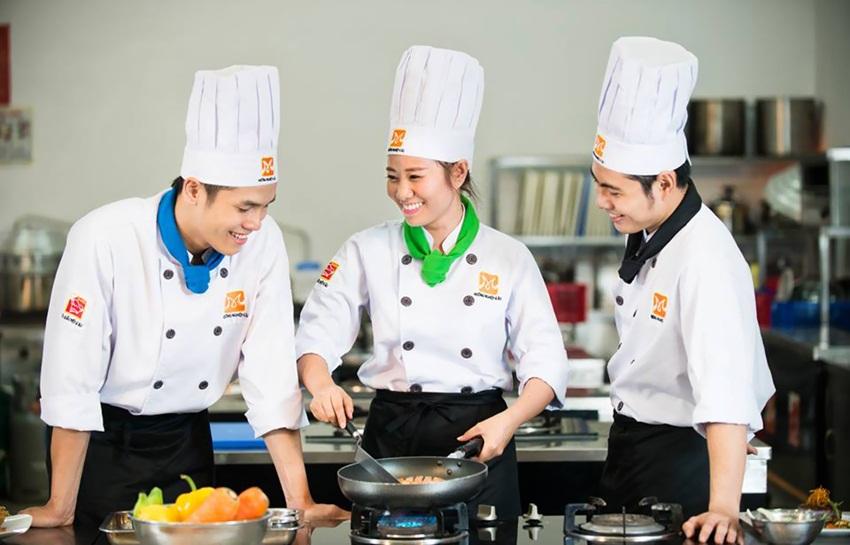 cach-chon-dong-phuc-cho-dau-bep-chuyen-nghiep-1