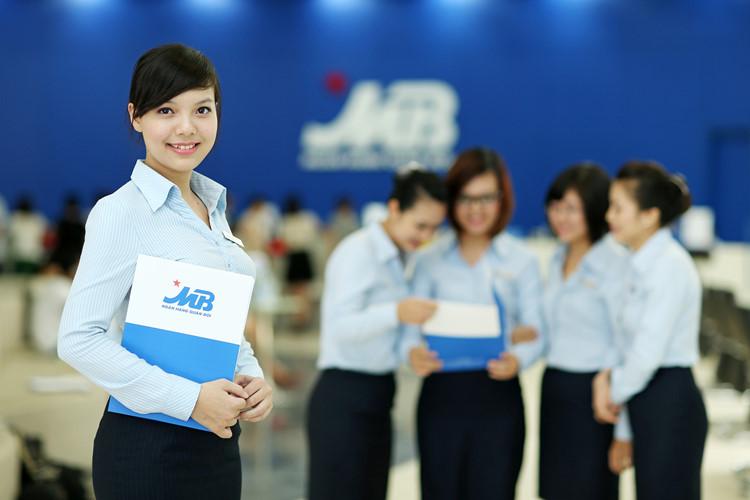 Đồng phục ngân hàng MBBank