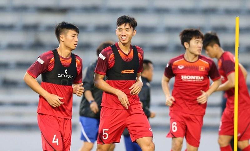 Áo đồng phục gắn chip GPS của đội tuyển bóng đá nam Việt Nam 3
