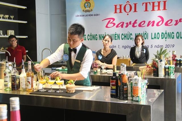 Đồng phục cho nhân viên Bartender phục vụ quầy Bar 1