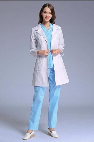 Đồng phục của một bệnh viện gồm những gì 1