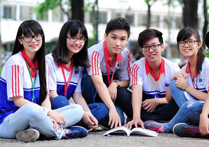 May đồng phục thể dục đẹp cho học sinh các trường học TPHCM 2