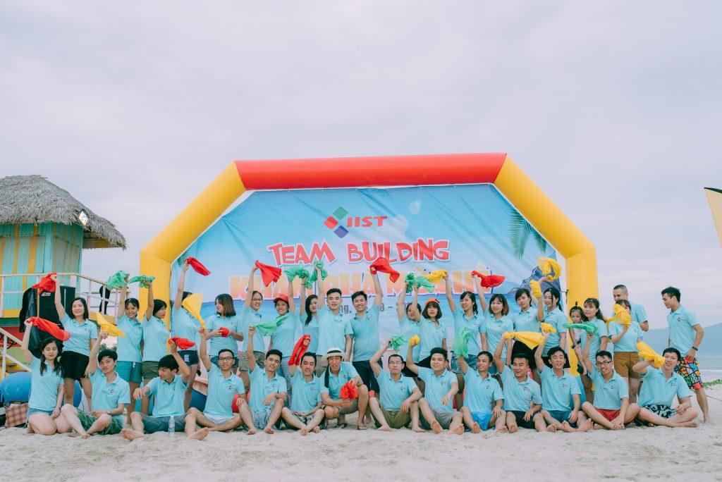 Văn hóa doanh nghiệp thể hiện trong việc may áo đồng phục Dong-phuc-ao-thun-team-building