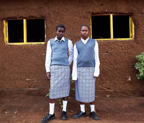 Đồng phục học sinh Kenya