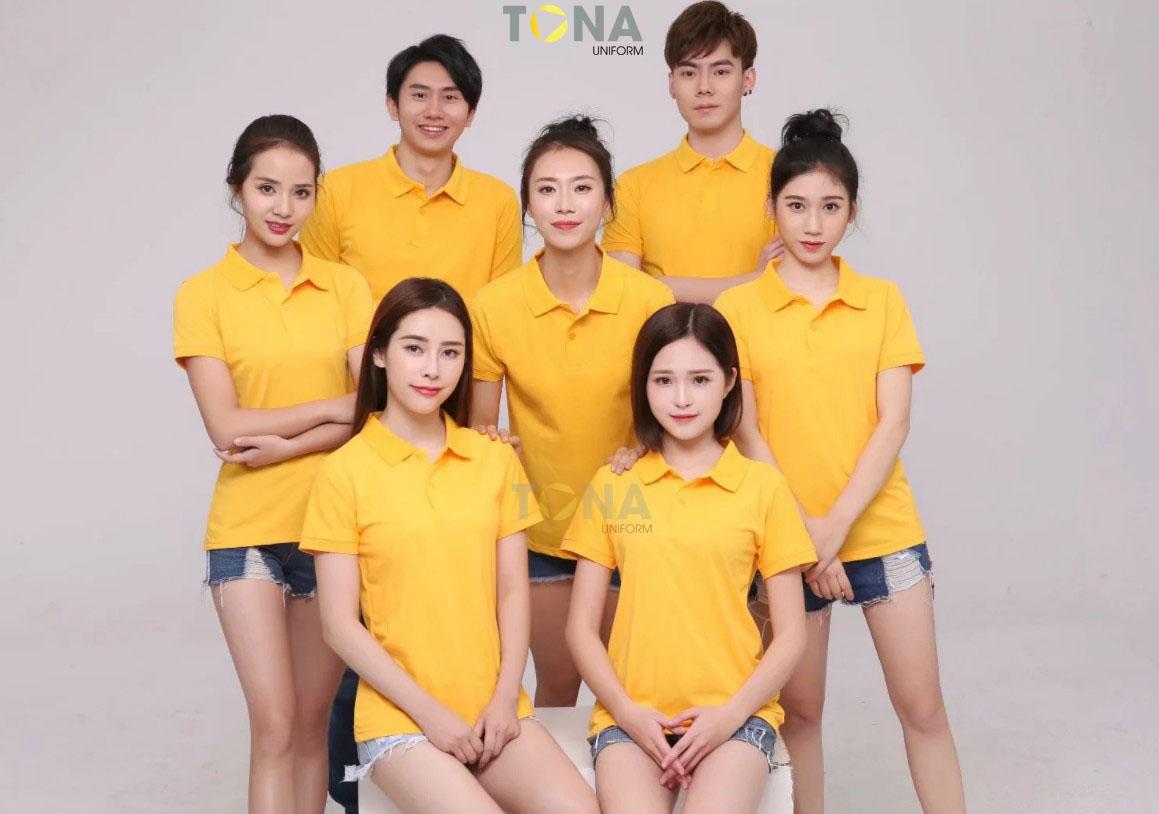 Áo thun cổ bẻ màu vàng 1