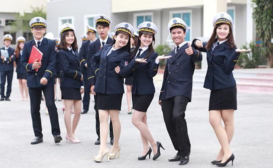 Đồng phục của trường Đại học Hàng Hải