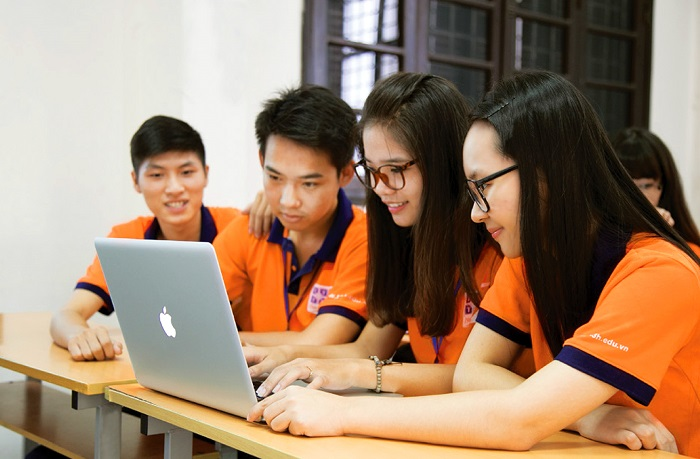 Đồng phục của trường Đại học Khoa học Tự nhiên Hà Nội