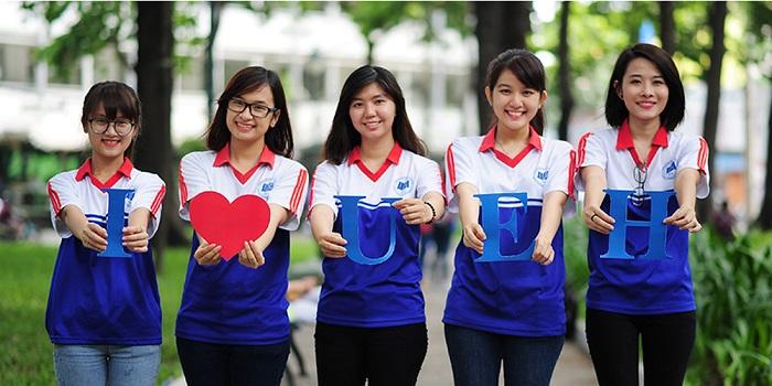Đồng phục của trường Đại học Kinh tế TPHCM