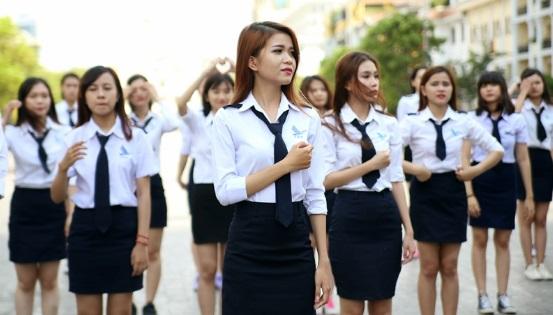 Đồng phục của trường Học viện hàng không Việt Nam