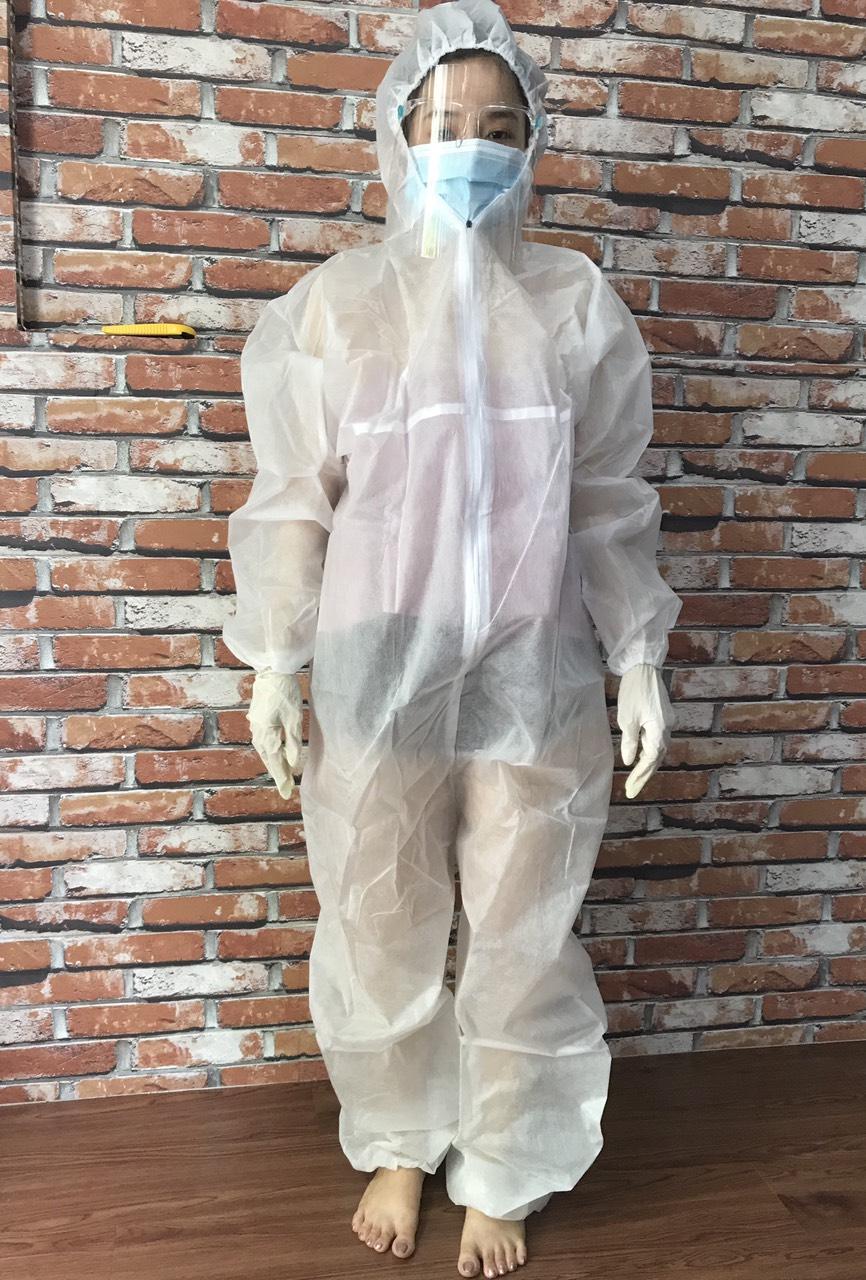 quần áo bảo hộ Y tế phòng chống dịch dùng 1 lần màu trắng 2