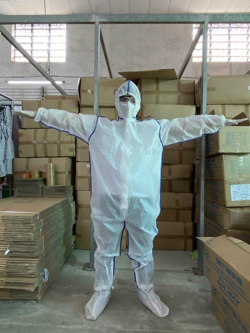 quần áo bảo hộ Y tế phòng chống dịch dùng 1 lần màu trắng 4